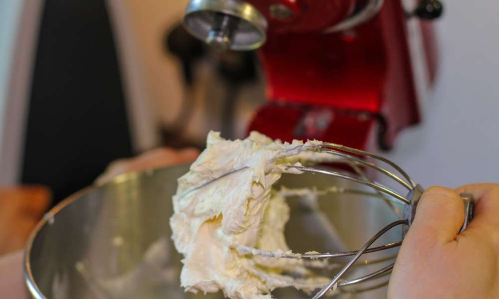 How to Spot the Differences in KitchenAid Mixers