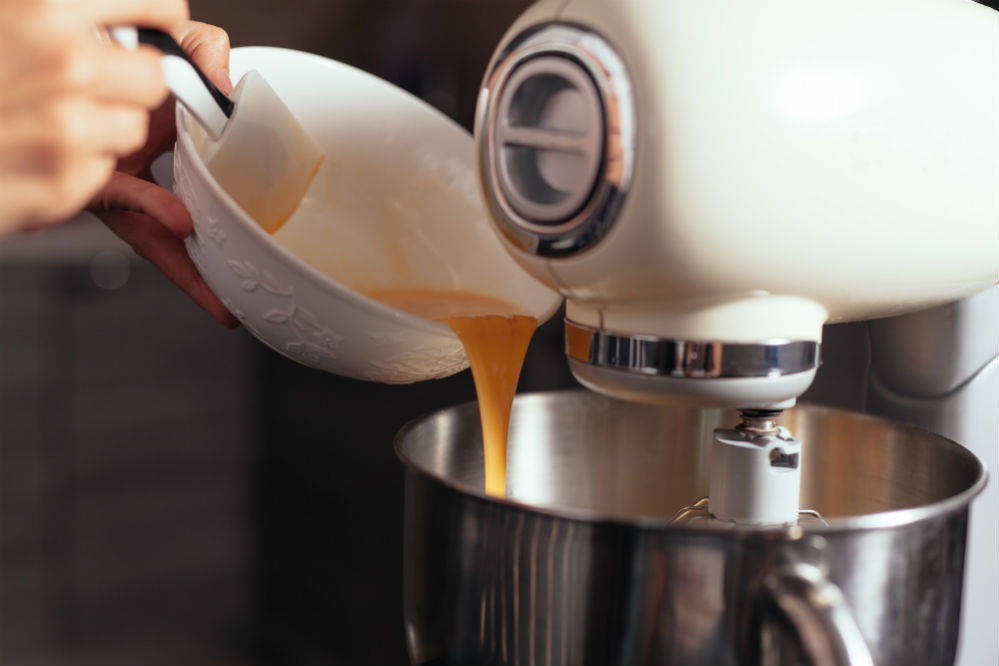 Best Commercial Stand Mixers for Professional and Personal Kitchens